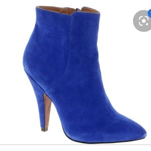 Aldo stunning bright blue ankle boots